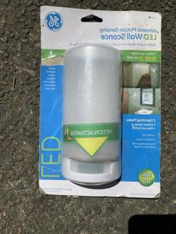 GE 17455 4 LED Battery Operated Motion Sensing Wall Sconce C
